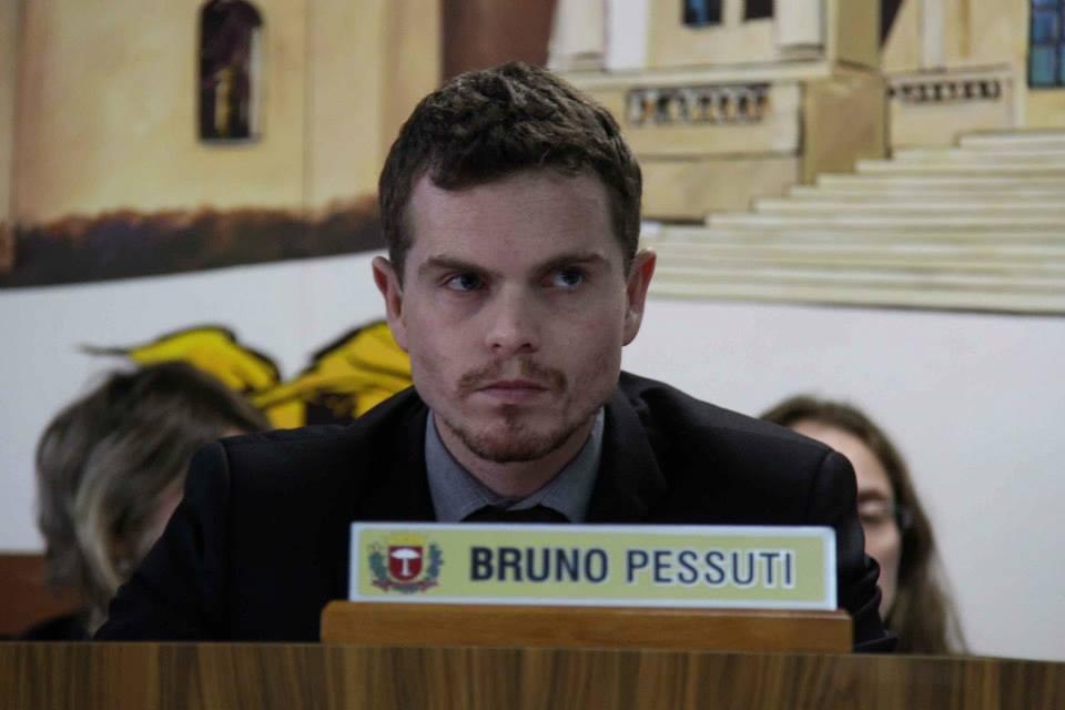 Bruno Pessuti solicita balanço contábil de empresas que operam o transporte coletivo de Curitiba - Bruno Pessuti