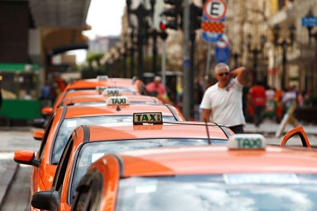 Liberação de novos táxis anunciada pela Urbs é comemorada por Bruno Pessuti - Bruno Pessuti