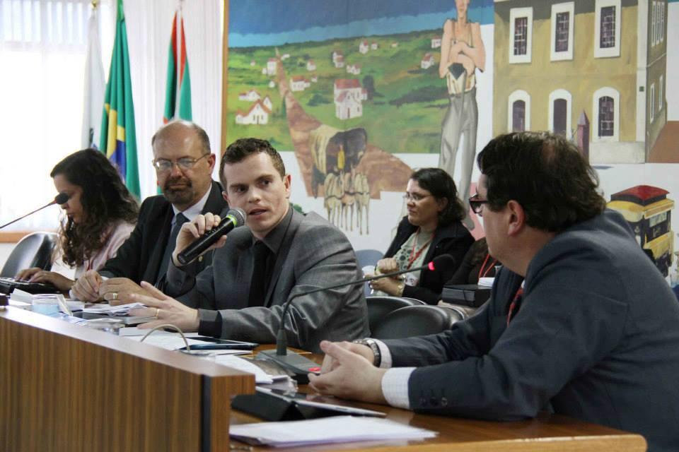 Pedido emergencial de renovação de bilhetagem eletrônica preocupa CPI do Transporte Coletivo - Bruno Pessuti