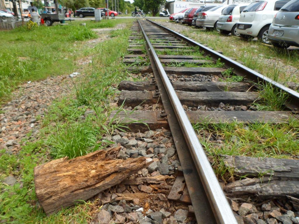 Bruno Pessuti pede verificação das condições da malha ferroviária que corta Curitiba - Bruno Pessuti