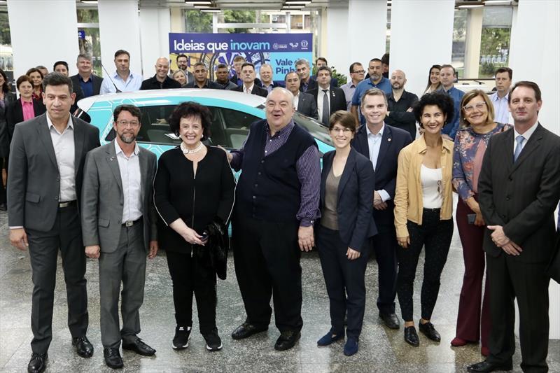 Carros elétricos serão isentos de EstaR em Curitiba - Bruno Pessuti